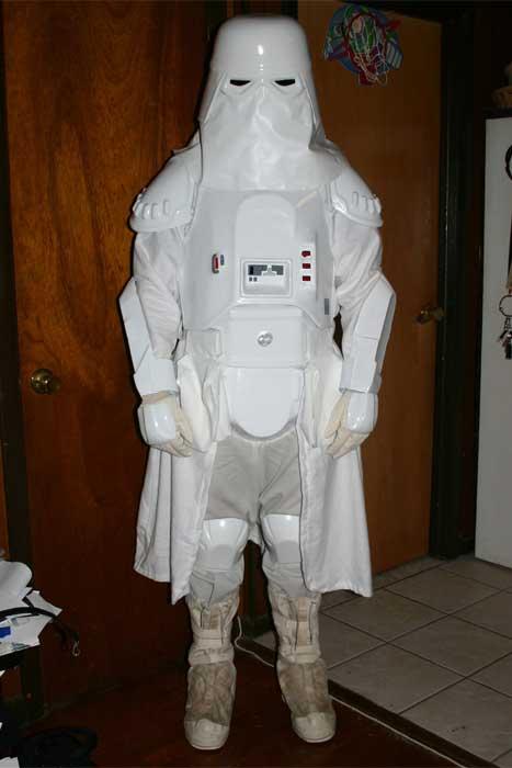 Bloody Plastic S Snowtrooper Costume